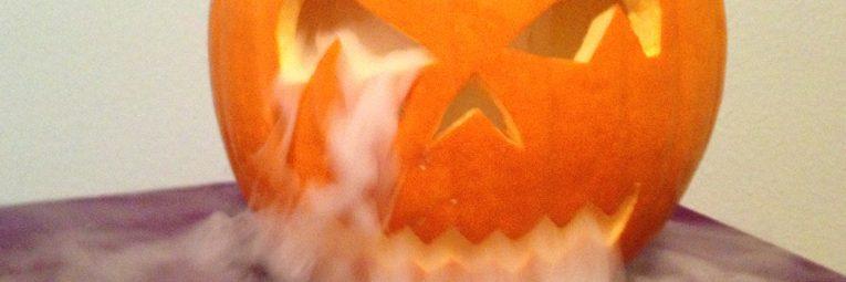 Halloween Deko mit Trockeneis Header Aktuelles