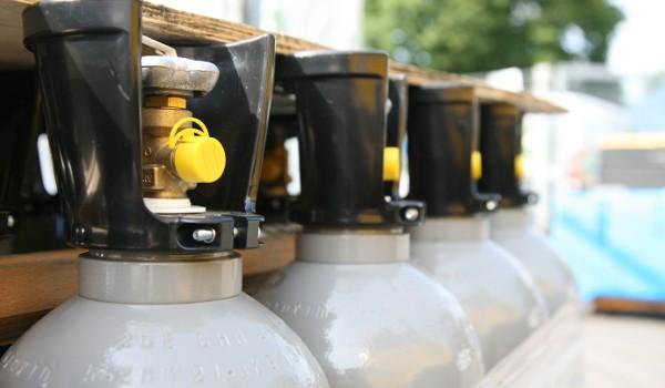 Trockeneis Kohlensäure Ballongas von Wonsak 100% Hamburg Kohlensäure Flaschen
