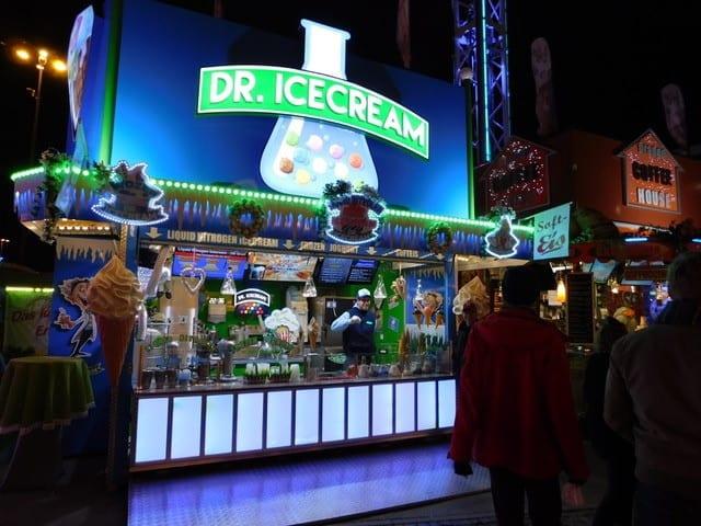 Eisstand auf dem Dom von Dr. Icecream