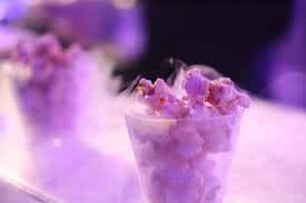 Popcorn hergestellt mit flüssiger Stickstoff