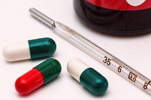 Sichere Transportkühlung mit Trockeneis Coolbags für sensible Medikamente