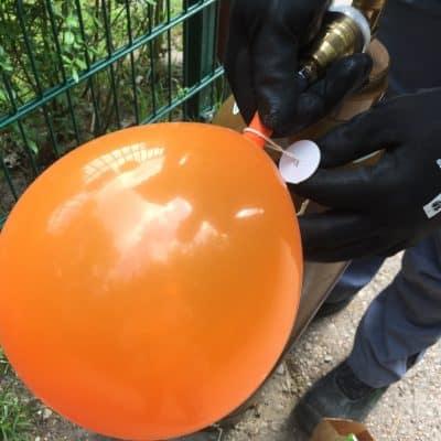 Luftballon mit Helium Ballongas füllen