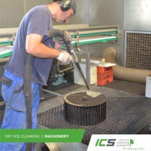 Industriereinigung mit dem IC 310S